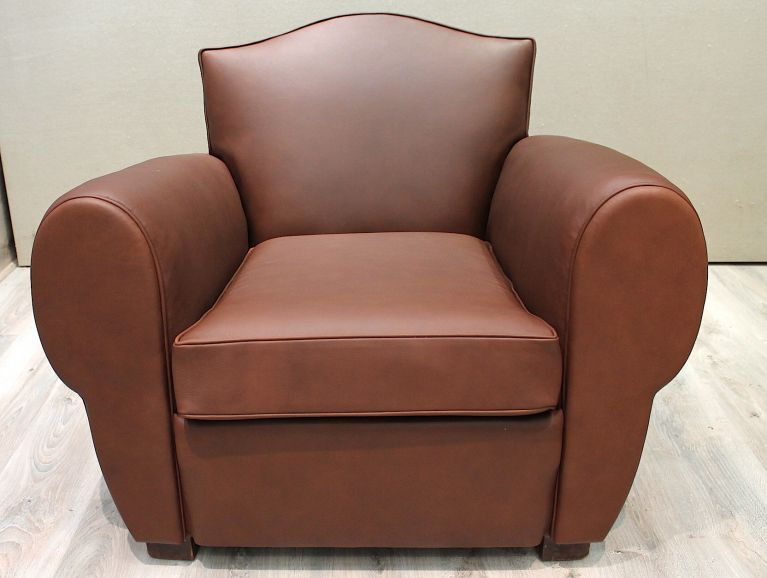 Complete réfection of a leather club chair - Fabric editor Tassin