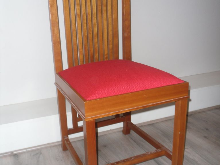 complete réfection of Frank Lloyd Wright Chair Model Coonley 2